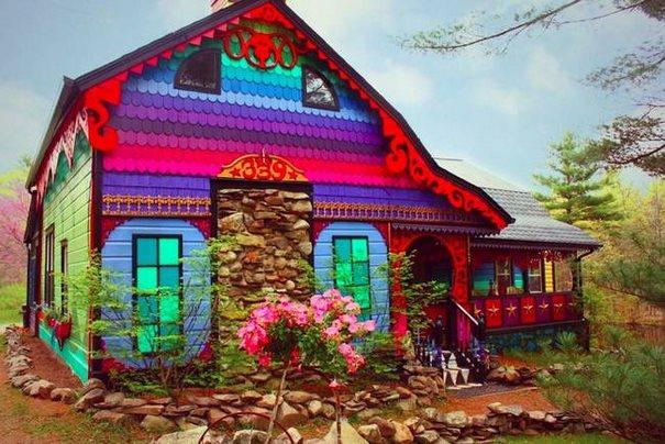 «Calico»: Ένα πολύχρωμο σπίτι
