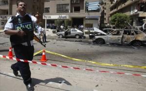 Βρέθηκαν βόμβες στο αεροδρόμιο του Καΐρου