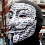 Επιθέσεις των Anonymous κατά βρετανικών ιστοσελίδων υπέρ Ασάνζ
