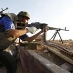 Σφοδροί βομβαρδισμοί με ρουκέτες τη νύχτα στη Λιβύη