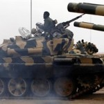 Άρματα μάχης περικύκλωσαν την πόλη Ραστάν