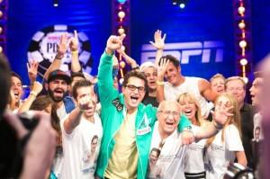 Ο Antonio Esfandiari κερδίζει το «Big One For One Drop» του WSOP 2012 με buy in $1 εκατομμύριο