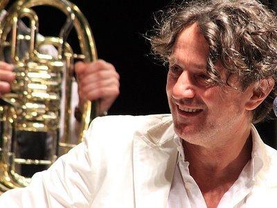Ο Goran Bregovic για μία συναυλία στην Αθήνα