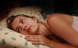 Η έλλειψη ύπνου στοιχίζει περισσότερο στις γυναίκες