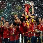 Euro 2012: το κύπελλο στην Ισπανια - 4-0 την Ιταλία (βίντεο)`
