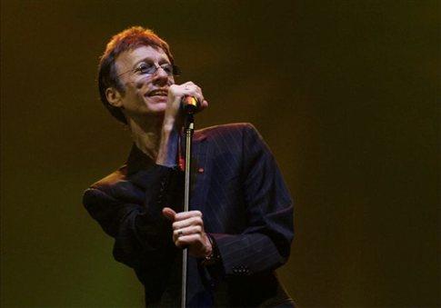 Πέθανε ο τραγουδιστής των Bee Gees Ρόμπιν Γκιμπ
